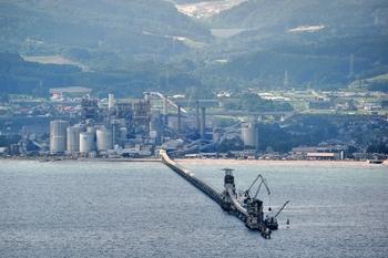 太平洋セメント上磯工場 函館山から.jpg